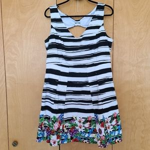 Reitmans pleated stripped & colorful dress*lined
